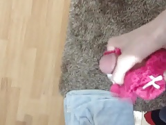 Jerking off with pink panties