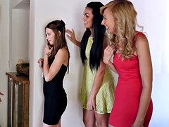 Twisyts - Georgia Jones Mia Malkova - When Girls Play