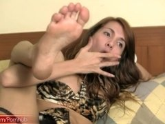 Teen tranny poses in girly panties and fingerfucks hairy ass