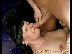 moms first backseat anal fuck
