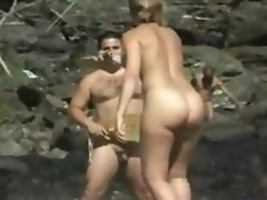 Chick nude at the beach
