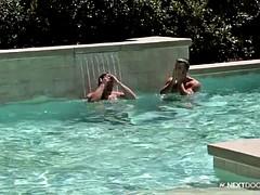 Grosser schwanz, Blasen, Muskel, Pool