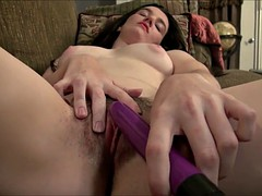 hairy pussy cumming with vibrator