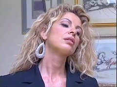 Italian Mom i`d like to fuck gets it Hard