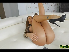 Bottomless Pussy