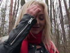 Oral caressing and fucking by horny blonde in the park