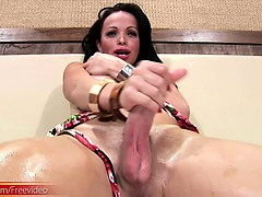 Black hair t-babe strokes shecock and squeezes big soft tits