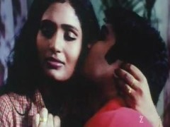 Classic Indian mallu aunty exposed with bouncing boobs first-class