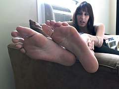 Lick my smelly size 11 feet