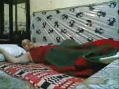Pakistani Woman Fucked By An Army Fella