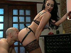 Lécher le cul, Domination, Femme dominatrice, Fétiche, Mère que j'aimerais baiser, Maîtresse, Esclave, Strapon