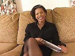 Bubble tush ebony M.I.L.F Semmie DeSuora