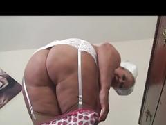 Belle grosse femme bgf, Britannique, Infirmière