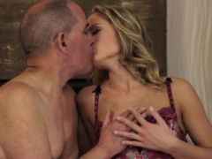 Cute eurobabe banged by oldmans love pole