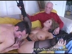 Cougar Has an intercourse Cub, Old Hubby Watches
