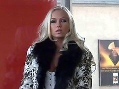 Smoking Fetish Monique Vegas