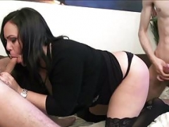 Nathalie Cruz a spanish fucked by a pair of lascards
