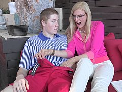 Blond, Pijpbeurt, Huisvrouw, Moeder die ik wil neuken, Moeder, Realiteit, Student, Lerarin