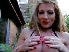 UK Housewife Mom i`d like to fuck LyndaDressed in Latex Smoking Outside