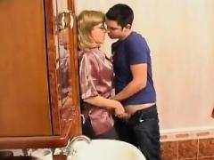 Rijpe lesbienne, Nylonstof, Russisch, Douche