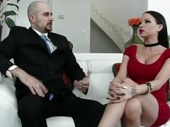 Intercambio de parejas, Esposa
