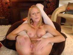 British blonde mom i`d like to fuck Jane Bond solo masturbation