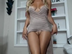 Glamorous MILFs, cock-crazed cougars and hot classy moms