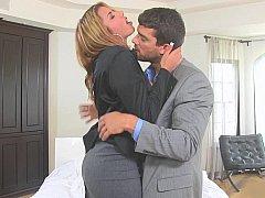 The agent was Anita Toro.., hot Latina!