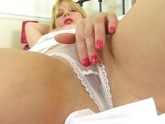 aged blonde masturbating