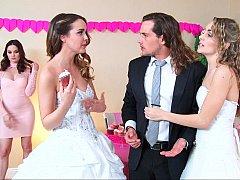 Schlafzimmer, Braut, Gruppe, Lingerie, Reiten, Jungendliche (18+), Flotter dreier, Hochzeit