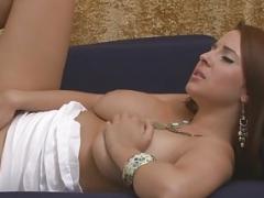 Individual act with a kinky big tits beauty