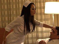 アジア人, フェラチオ, 茶髪の, 医者, 淫乱熟女, お金, 看護婦, ユニフォーム