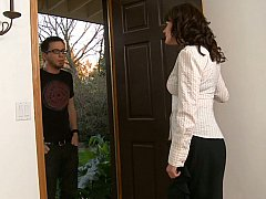Dane goes to Billy's mom to talk... and she can help!