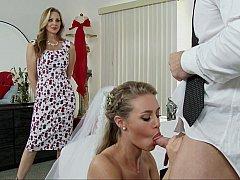 Amerikanisch, Schlafzimmer, Blondine, Braut, Kleid, Familie, Flotter dreier, Hochzeit