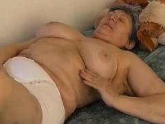 OmaPasS Hot Granny Solo play Compilation