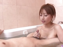 Tiara Ayase works cum cannon in the bathroom while on cam