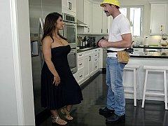 Amerikanisch, Grosse titten, Blasen, Vollbusig, Küche, Titten