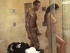 Salle de bains, Brunette brune, Mère que j'aimerais baiser, Argent