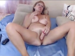 Dirty eager mom