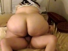 Overweight Wife Gives bj