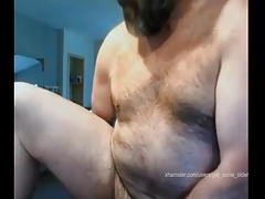 bear fucks his ass with a dildo till it makes him cum