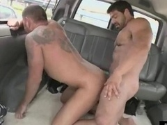 Sizeable muscle guys decide to make love