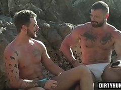 Muscle gay outdoor and cumshot