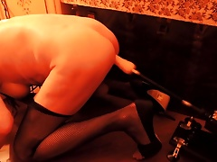 Crossdresser fun with sex machine
