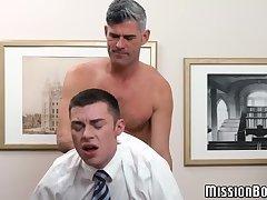 Horny mature Mormon barebacking virgin anal hole
