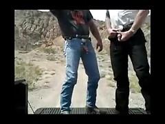2 Guys outdoor sex