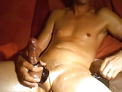 80 Wank and estim cum shots