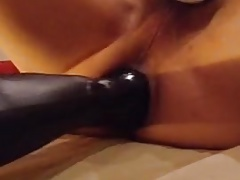 punch fuck loose asshole with huge butt plug