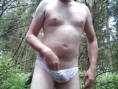 Quick outdoor wank in panties