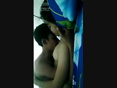 THAI AMATEUR YOUNG COUPLE SEX